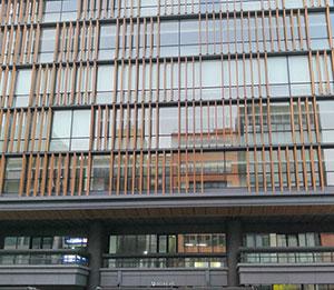 京都産業会館